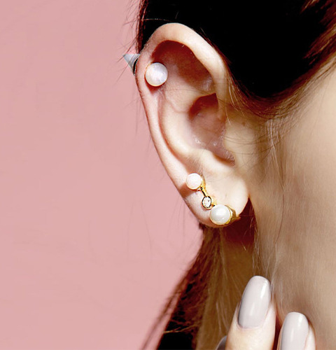 ┃GOLD PHILOSOTHY┃ PEARL SQUARED EAR CLIPIN GOLD