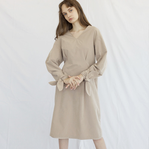 ┃HACER SEOUL┃ 17 FALL ROUND SLEEVE DRESSbeige