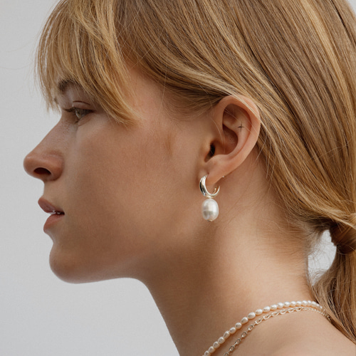 ┃NINETEEN TWO┃ BAROQUE PEARL EARRINGsilver, gold