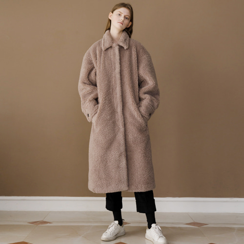 ┃HACER SEOUL┃ 17 WINTER ROUND FAKE FUR COATpink beige