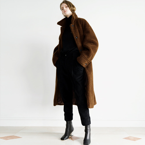 ┃HACER SEOUL┃ 17 WINTER ROUND FAKE FUR COATbrown